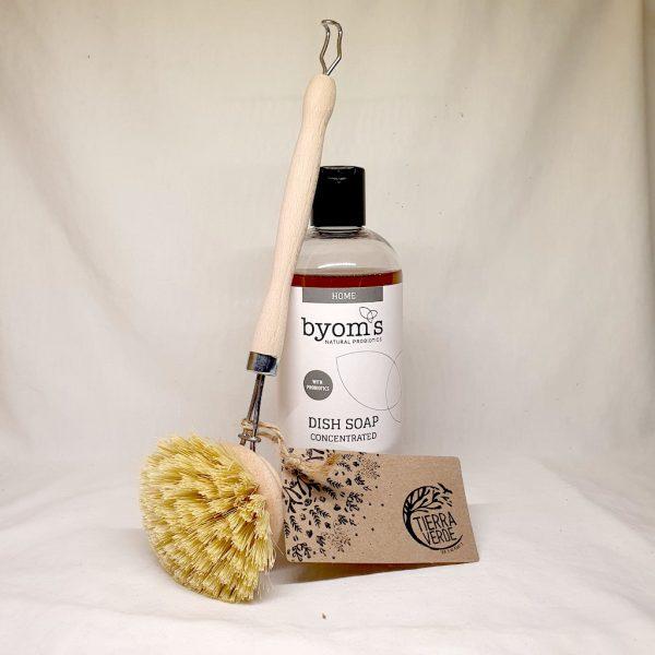 Oppvasmiddel fra Byoms + Oppvaskbørste fra Tierra Verde - pakketilbud fra Earthly